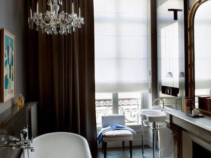 简欧风格精致卫生间浴缸装修效果图
