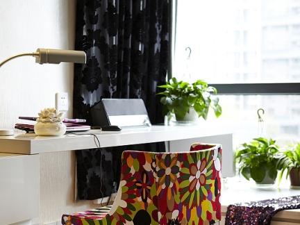 时尚文雅现代风格书房书桌装修设计