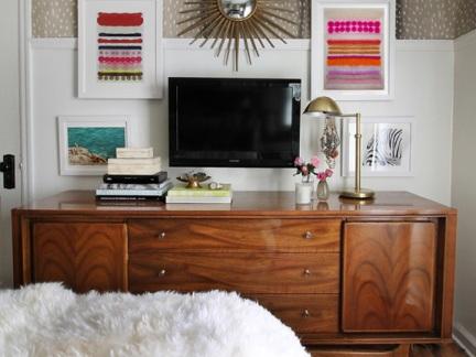 典雅美式风格原木色电视柜装修图片