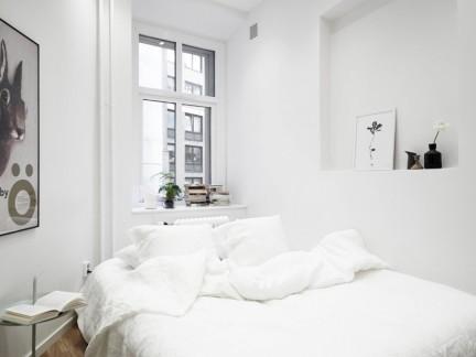 温馨白色北欧风格卧室床铺装修图片