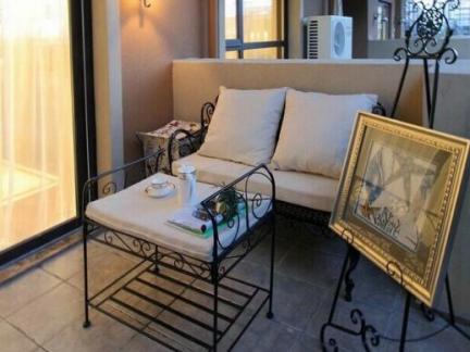 地中海风格三居室阳台窗帘装修图片