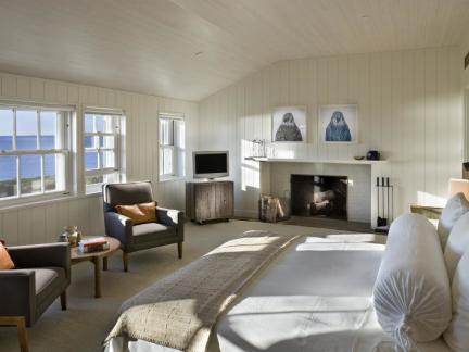 明亮温暖简欧风格浪漫卧室实景图