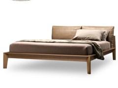 欧实木床 小牛皮羽绒靠背1.5m双人床婚床 1.8米卧室实木