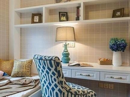 现代简约风格书房白色榻榻米设计