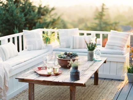 简欧时尚风格阳台客厅白色沙发装修效果图