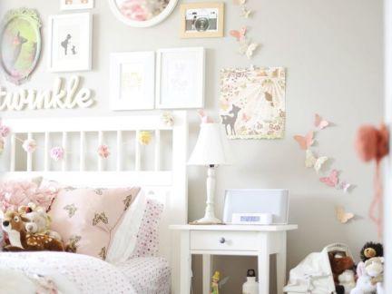 时尚田园卧室白色床头柜装修效果图