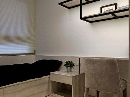 宜家小空间卧室灰色榻榻米设计图