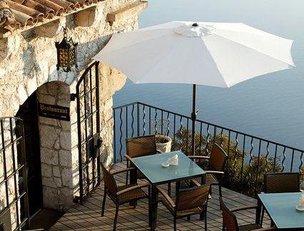 地中海阳台咖啡色沙发效果图