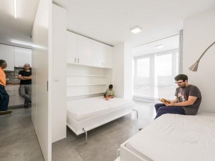 室内简约风格卧室配白色床装修效果图