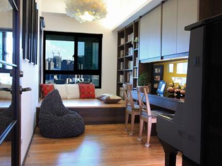 中式奢华大型书房原木色实木榻榻米装修设计