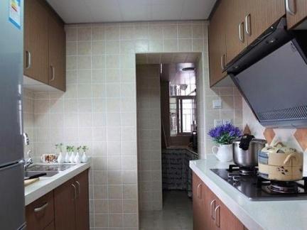 现代自建房厨房原木色橱柜门装修设计