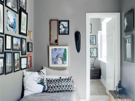 小型单人卧室照片墙装饰欣赏