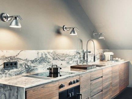 雅致美式厨房原木色橱柜门装修设计