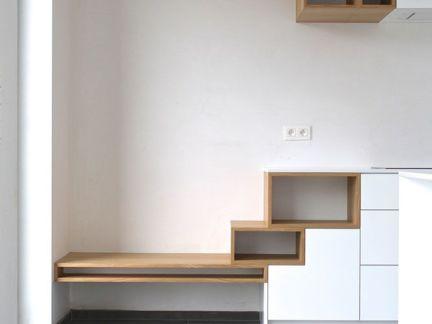 简约客厅原木色的组合柜设计的效果图