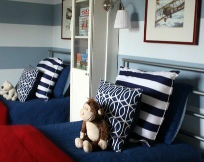 大气蓝色现代儿童房墙面条纹壁纸装饰图
