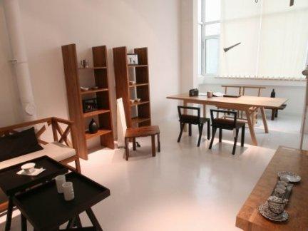 居家新中式餐厅原木色餐桌装修设计