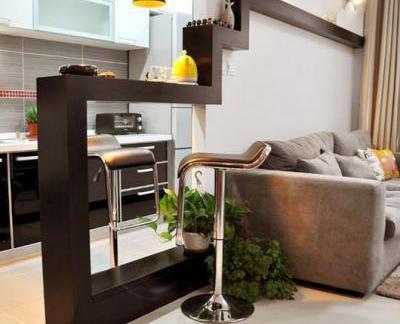 创意设计风格客厅唯美的黑色吧台图片
