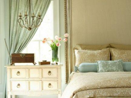 美式时尚卧室梳妆台装修设计