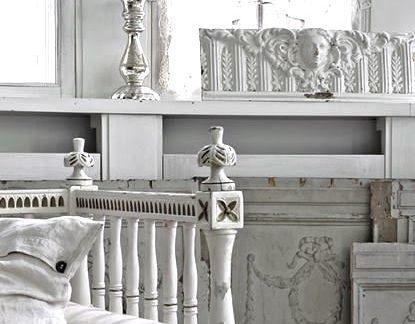 欧式别墅客厅高档白色沙发装修效果图