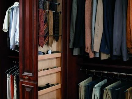 奢华欧式衣帽间原木色实木衣柜装修效果图