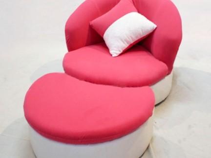 温馨女生红色懒人沙发椅图片欣赏