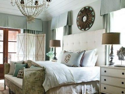 静听日光复古地中海卧室淡蓝色飘窗设计