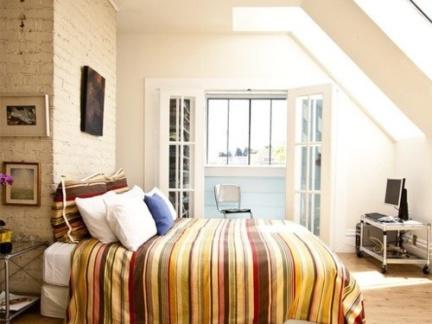 现代时尚美式风格卧室白色吊顶图片大全
