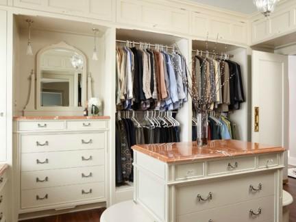 欧美风格衣帽间白色衣柜样板间