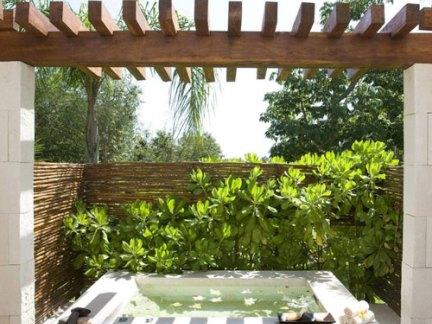 简欧风格阳台白色浴缸效果图