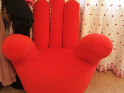 田园风格客厅红色沙发实景图