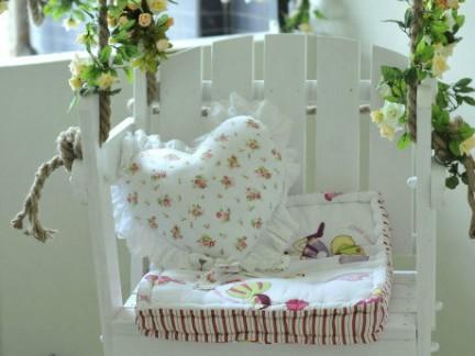 田园风格阳台吊椅装饰设计