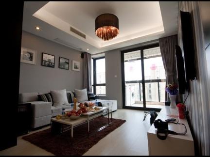 普通家庭三居室客厅装修效果图