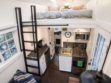 北欧个性风格卧室配白色榻榻米装修效果图