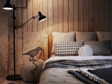 现代小户型卧室原木色背景墙设计