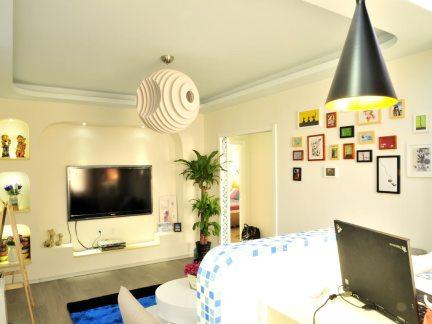 现代风格卧室白色电视柜图片集锦