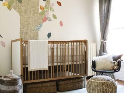 中式风格儿童房原木色婴儿床图片欣赏