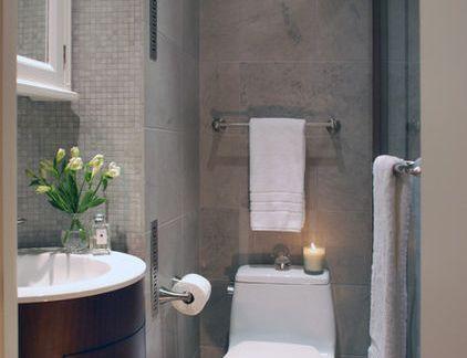 现代小型卫生间咖啡色洗手台装修设计