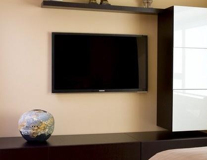 日式风格卧室黑色电视柜效果图