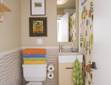 温馨的现代风格卫生间彩色浴帘隔断效果图
