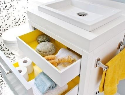 温馨现代卫生间浴室柜装修设计