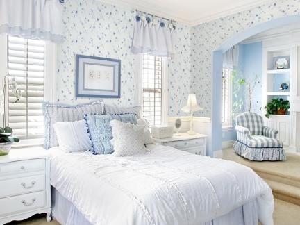 地中海卧室白色床头柜装修效果图