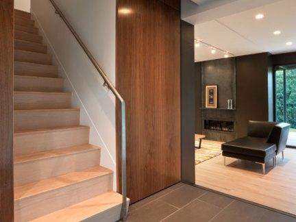 现代大型别墅实木楼梯装修设计