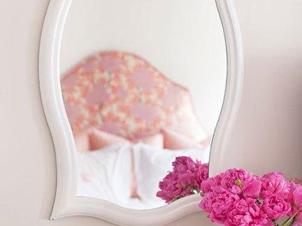 欧式时尚卧室梳妆台装修设计