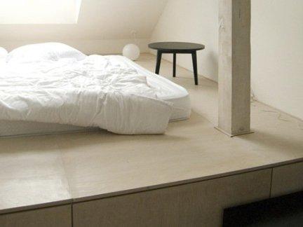 日式风格卧室设计原木色榻榻米装修效果图