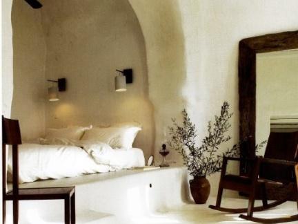 北欧唯美卧室配白色榻榻米装修效果图