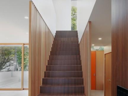 创意设计风格客厅咖啡色楼梯效果图