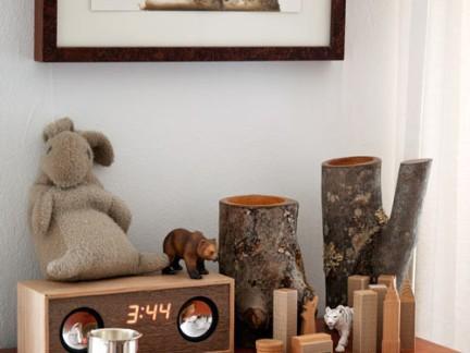 新中式卧室原木色装饰柜图片欣赏