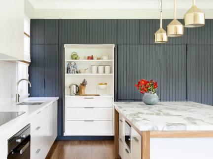 优雅简欧风格厨房灰色储物柜装修图片