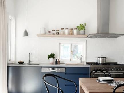 简约风格厨房清新蓝色橱柜装修图片