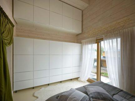 简约风格清爽卧室实用储物柜装修图片